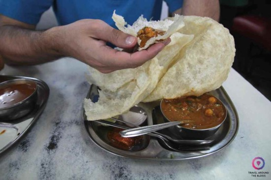The way of eating bhatura.